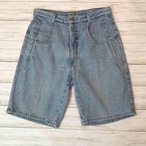 Guess men's size 31 light wash jean shorts 90s
